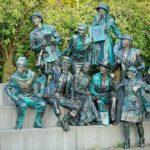 les-statues-en-marche-les-5-et-6-ao%c3%bbt